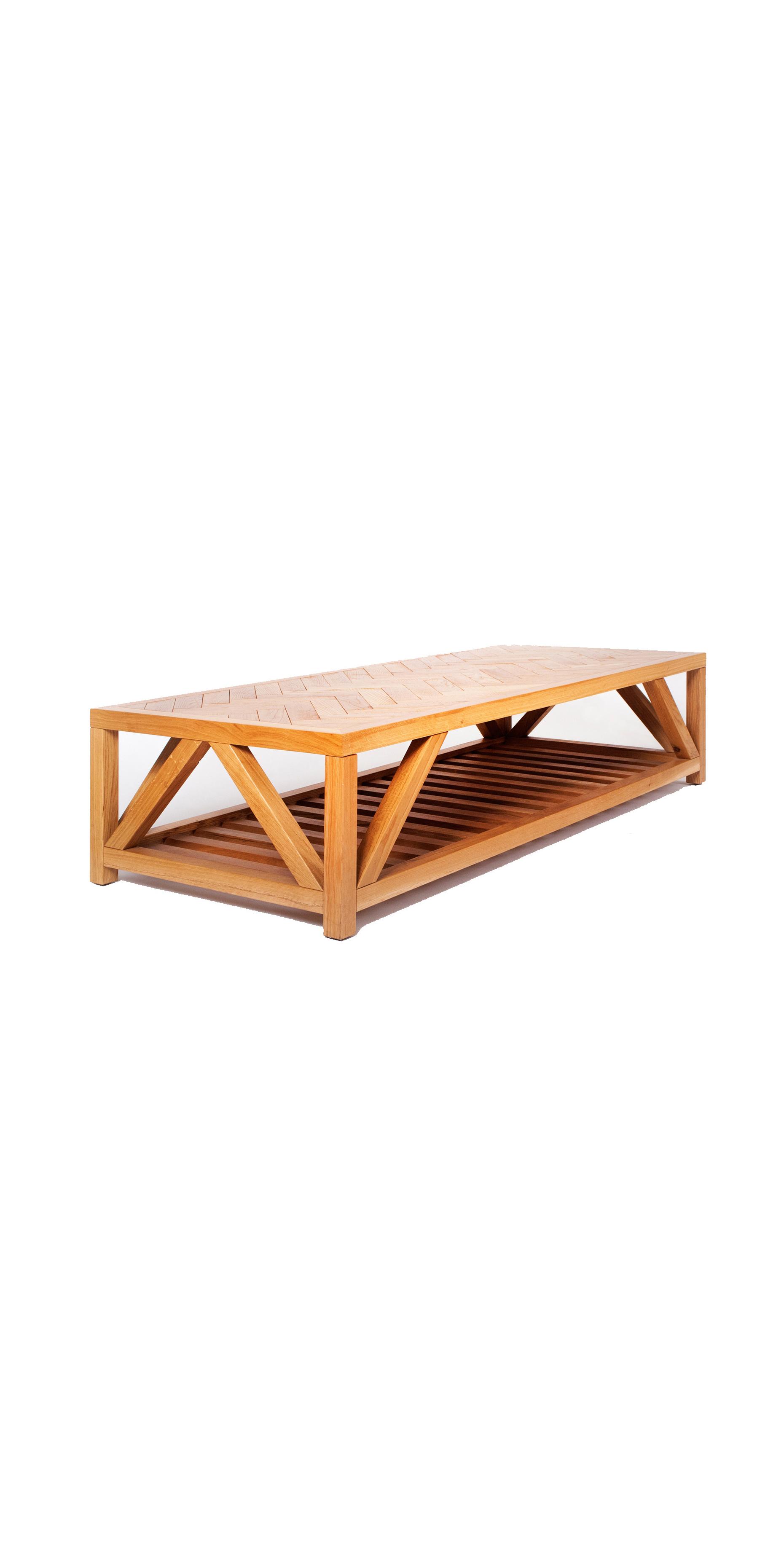 שולחן עץ אלון מלא משלב לוחות עץ בצורת פישבון